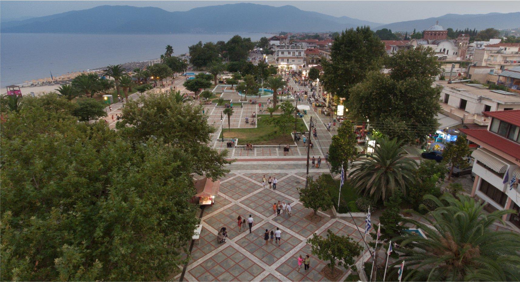 asprovalta-pedestrian-night-panorama