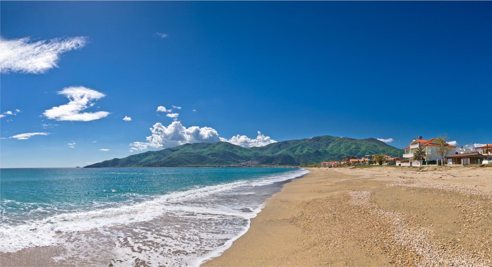 paralia-beach