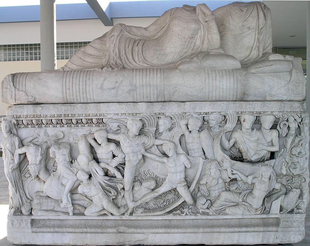 THAM-Calydon_sarcophagus_3