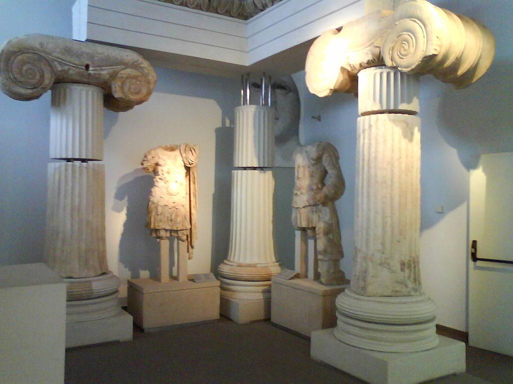 Temple_of_Aphrodite